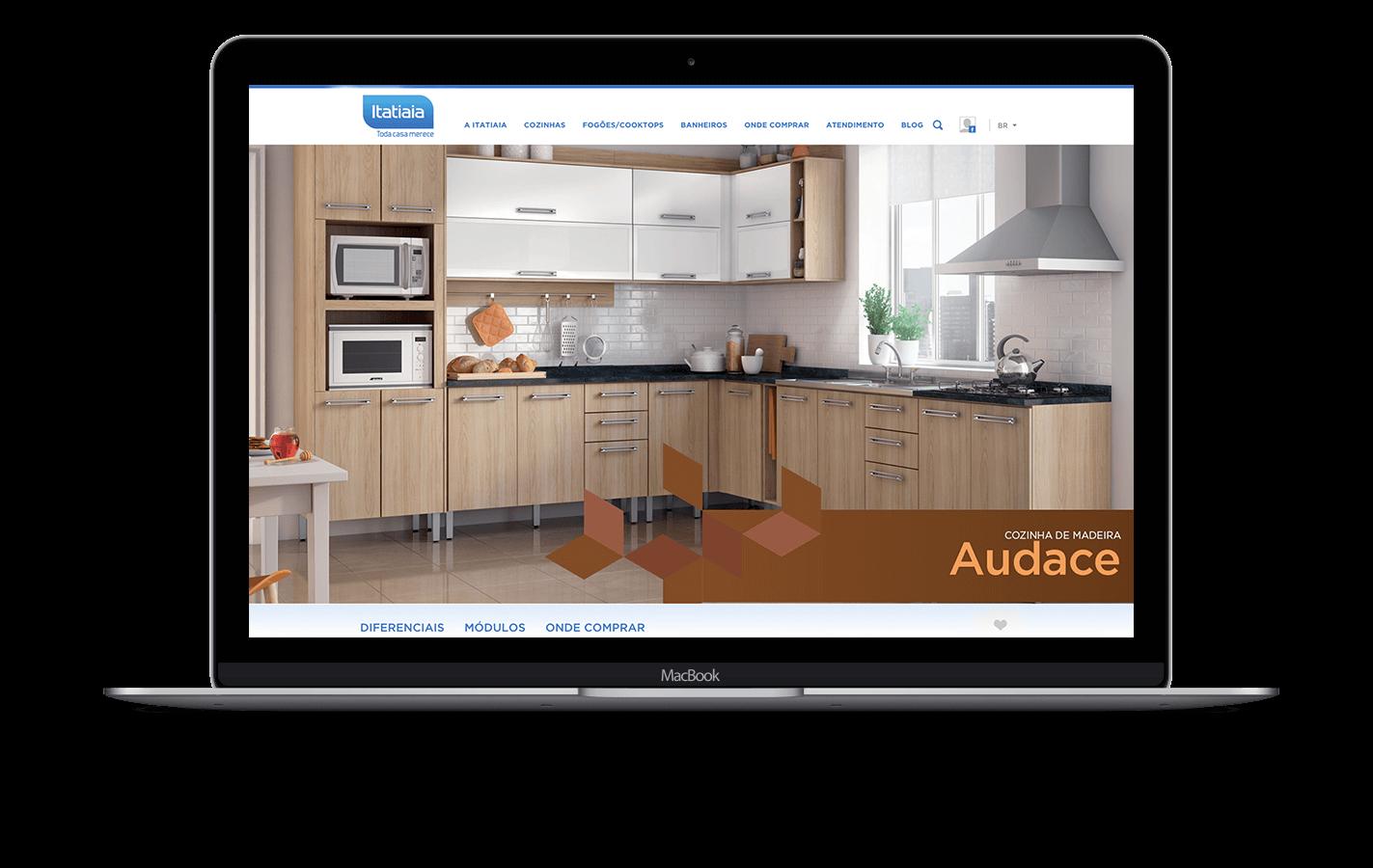 Simulação de site aplicado em macbook