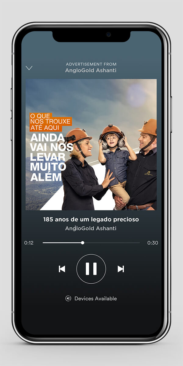 Simulação de anúncio de Spotify aplicado em celular